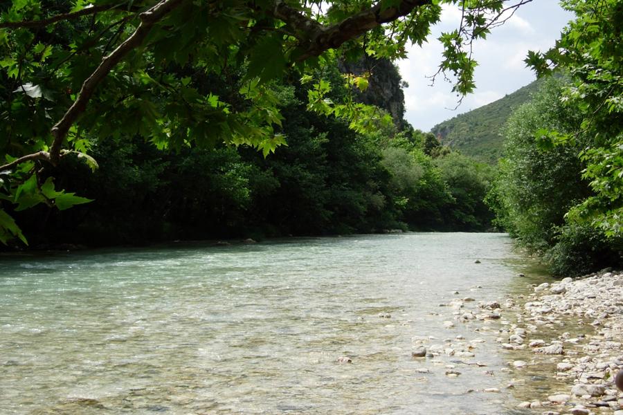 Ахерон оставил довольно много следов в классической мифологии и является рекой, которая протекает в