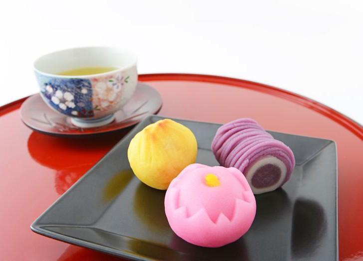 2. Каштановые кинтоны или сливочные конфеты (Япония) Во всех странах мира подобные конфеты больше по