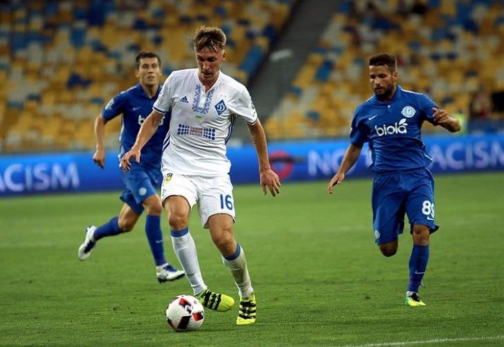 Киевское «Динамо» минимально обыграло «Днепр» в3-м туре Премьер-лиги