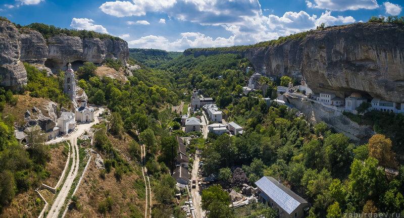 Свято-Успенский пещерный монастырь под Бахчисараем