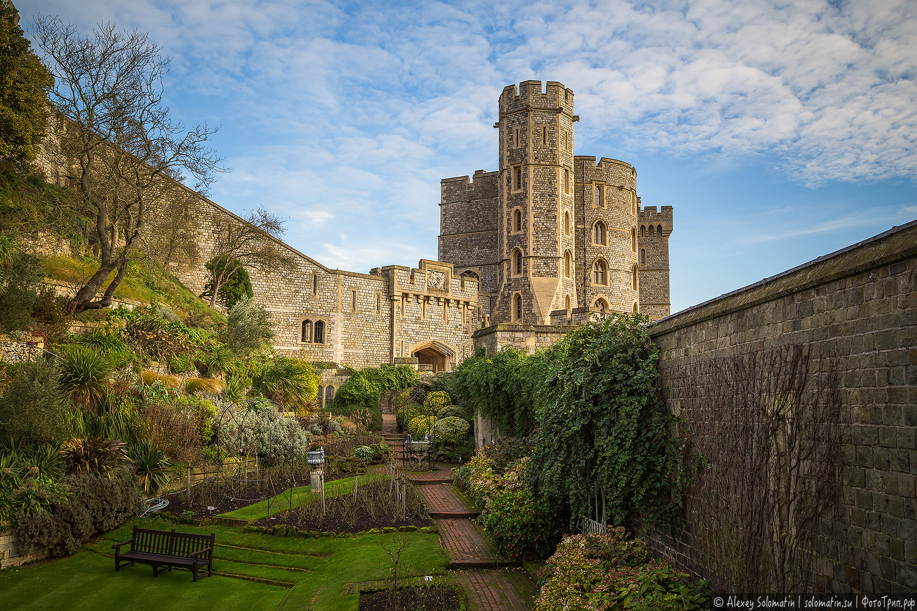 windsor coursework 2 Windsor is a historic market town and unparished area in the royal borough of windsor and maidenhead in berkshire, england it is widely known as the site of windsor castle , one of the official residences of the british royal family.