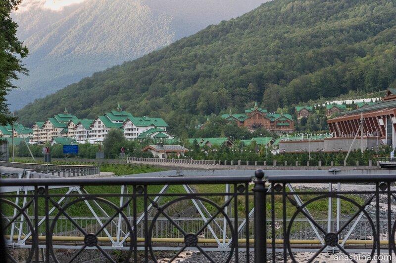 Курортный комплекс «Гранд Отель Поляна» (Эстоcадок)