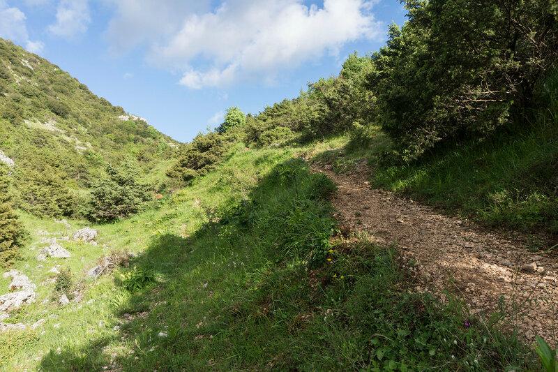 пешеходный маршрут O3 на горе Митсикели (Mitsikeli), Загория, Греция