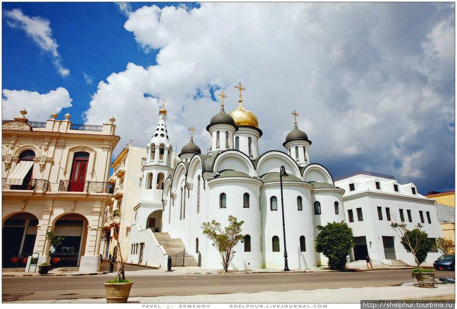 Khram-Kazanskoy-ikony.jpg