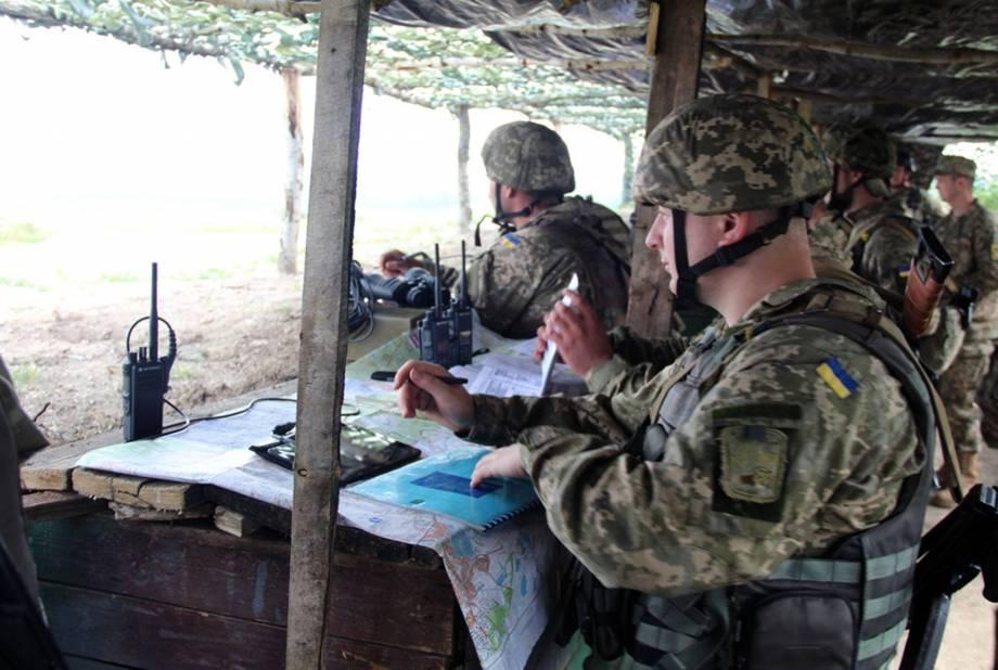 С начала суток боевики обстреливают Луганское, Новоалександровку, Гнутово и Водяное, - пресс-центр штаба АТО