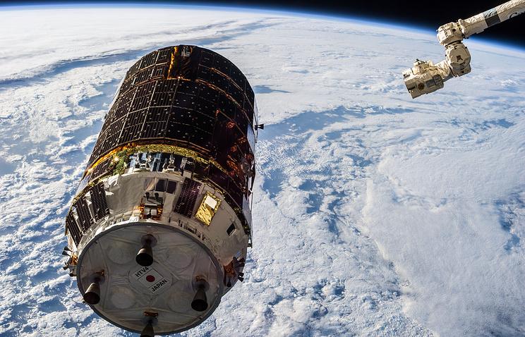 Японский корабль «Конотори-6» готовится куборке орбиты отмусора