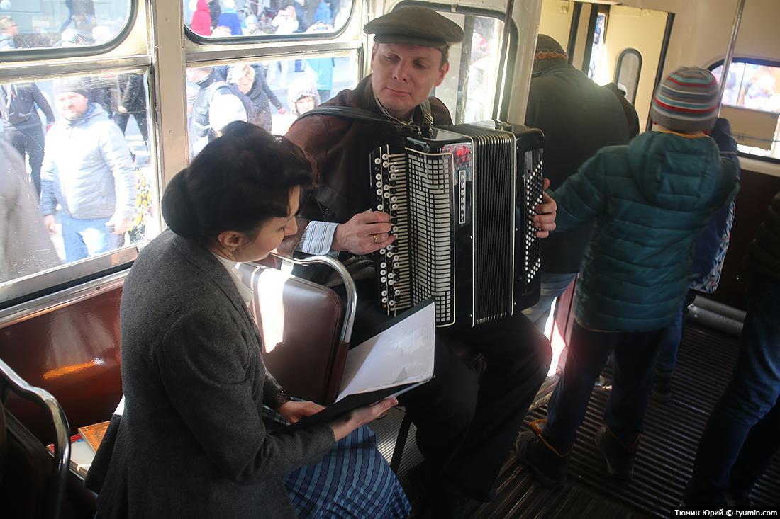 Журналист и путешественник Юрий Тюмин поделился с экологами репортажем о параде трамваев в Москве  - фото 21