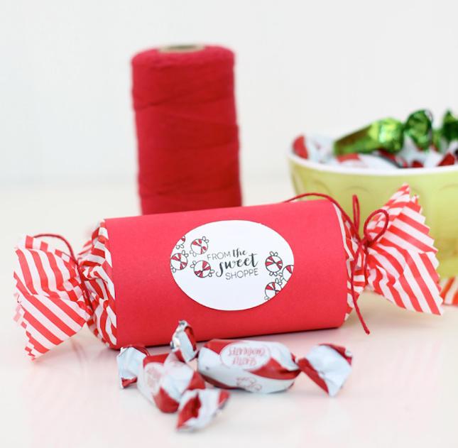 10. Огромная конфета Одна из почтовых компаний предлагает заменить обычные упаковочные коробки на бо