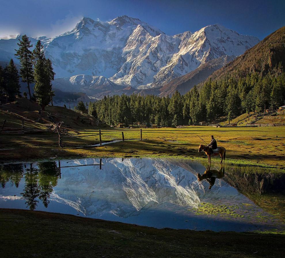 № 8. Манаслу (Гималаи) — 8156 метров Манаслу (Кутанг) — гора, входящая в состав горного массива
