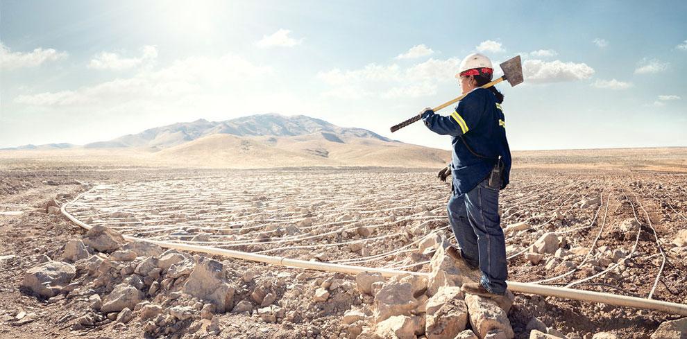 Кэрол Уорн, работница площадки выщелачивания на золотом месторождении компании Marigold Mining Compa