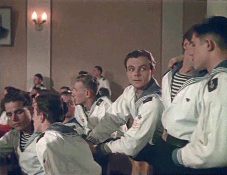 Кирилл Лавров, 1955, «Звезды на крыльях».