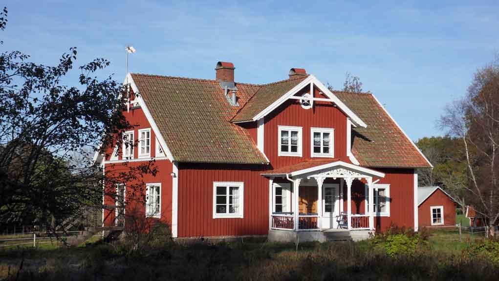 Типичный коттедж в Швеции.
