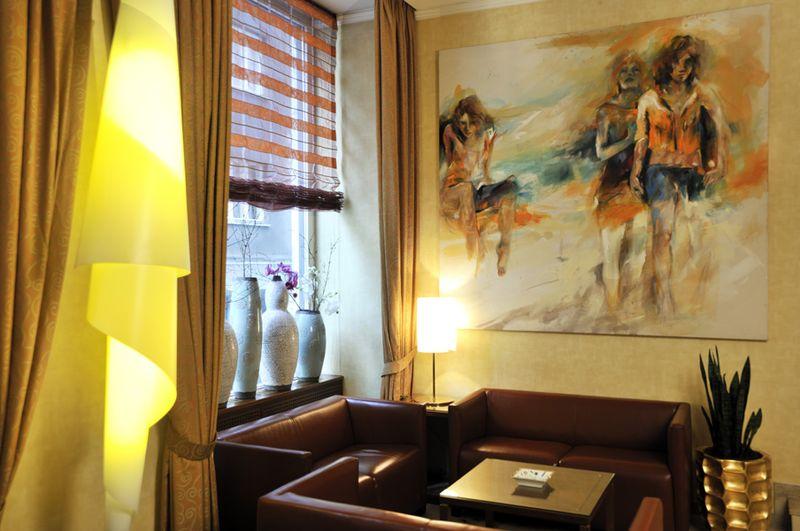 Владелица бутик-отеля Das Tyrol Хелена Рамсбахер — страстный коллекционер искусства. Часть ее коллек