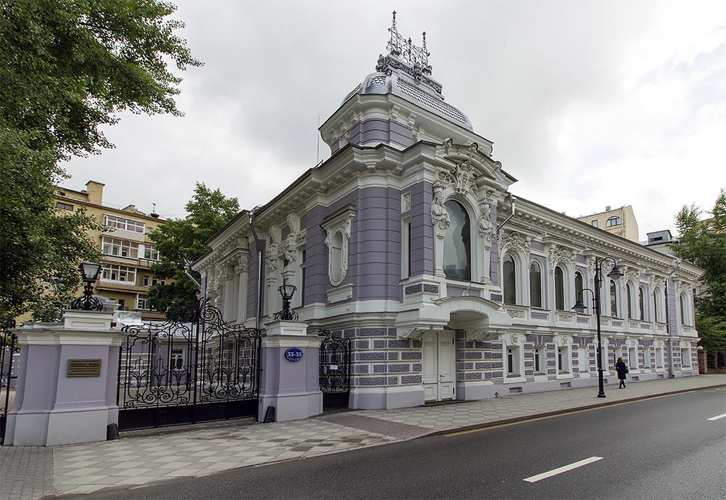 Интерьеры особняка Коробковой после реставрации  (архитектор Лев Кекушев)