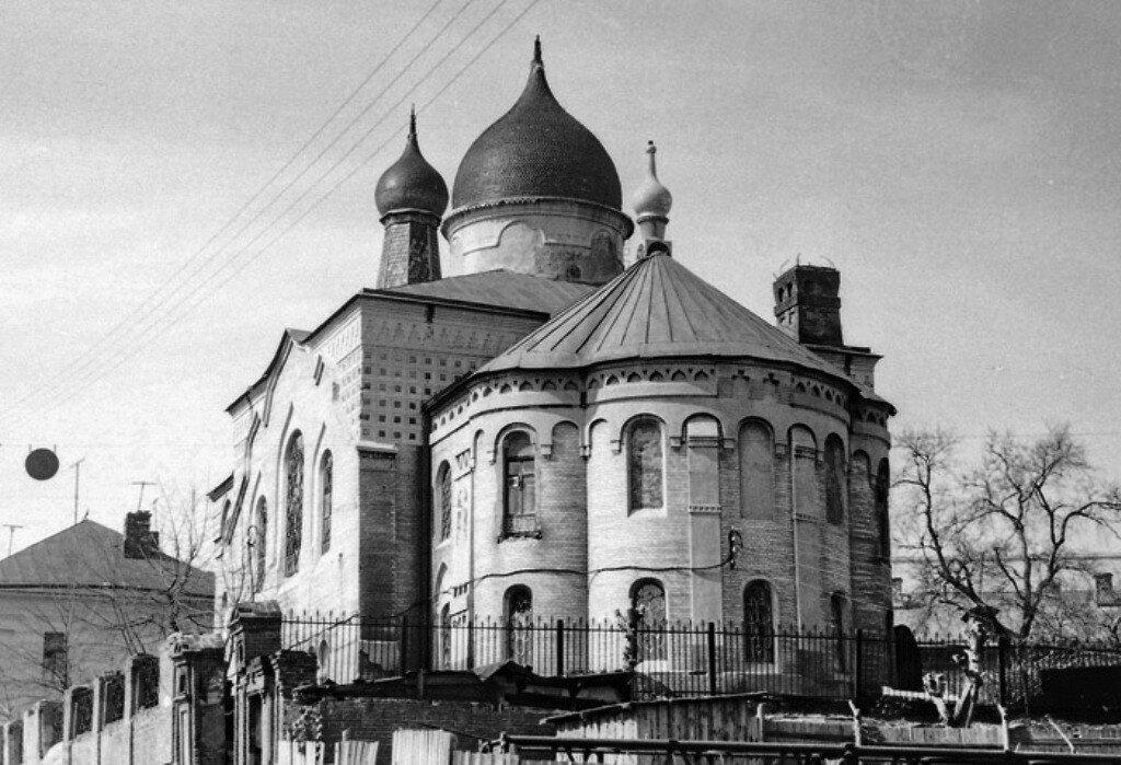 84100 Старообрядческая церковь во имя Покрова Богородицы 70 Чеботарь Александр Мирчевич.jpg