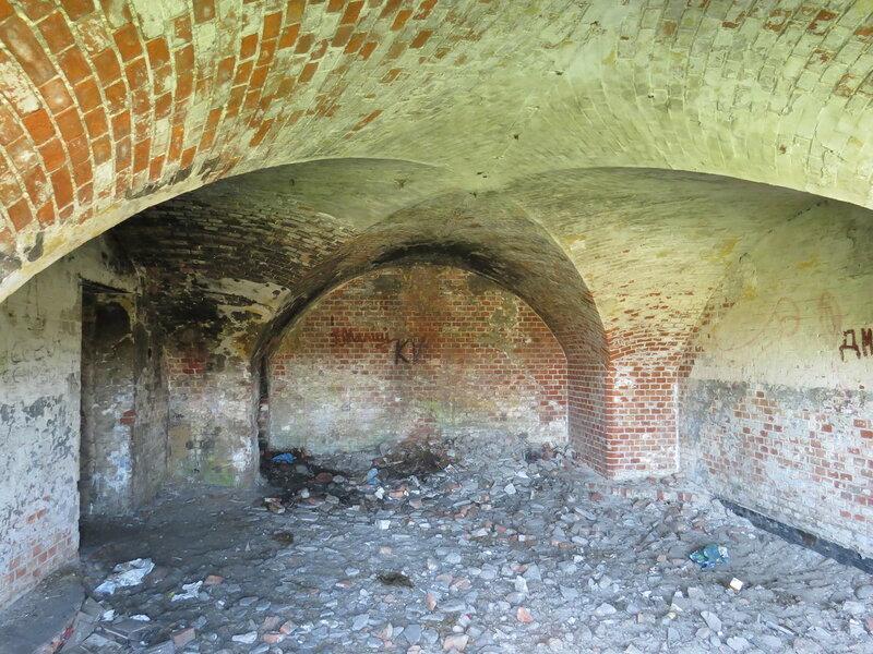 форт Западный - казематы _7