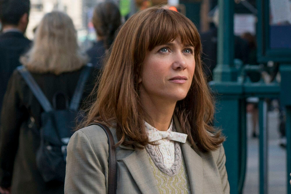 Erin (Kristen Wiig) in Columbia Pictures' GHOSTBUSTERS.