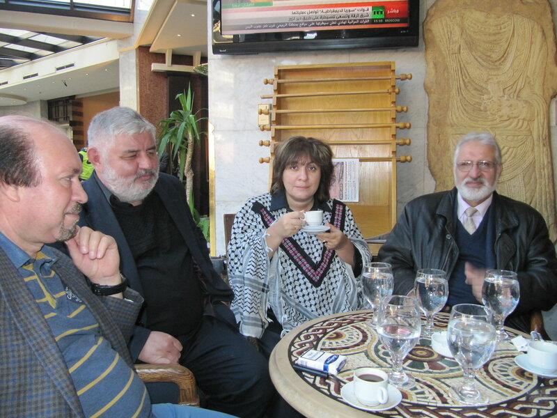 февраль 2017 с сирийскими друзьями.JPG
