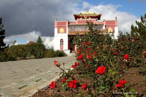 Буддийские храмы и другие достопримечательности Калмыкии