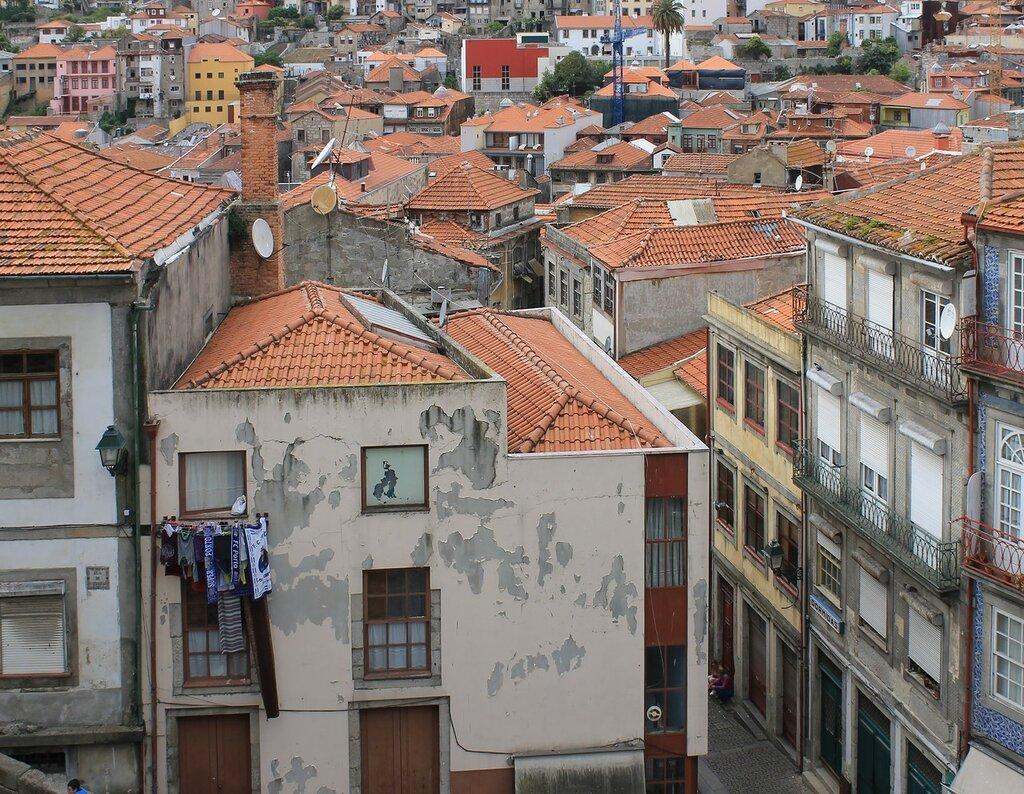 Cathedral square (Terreiro da Sé), Porto