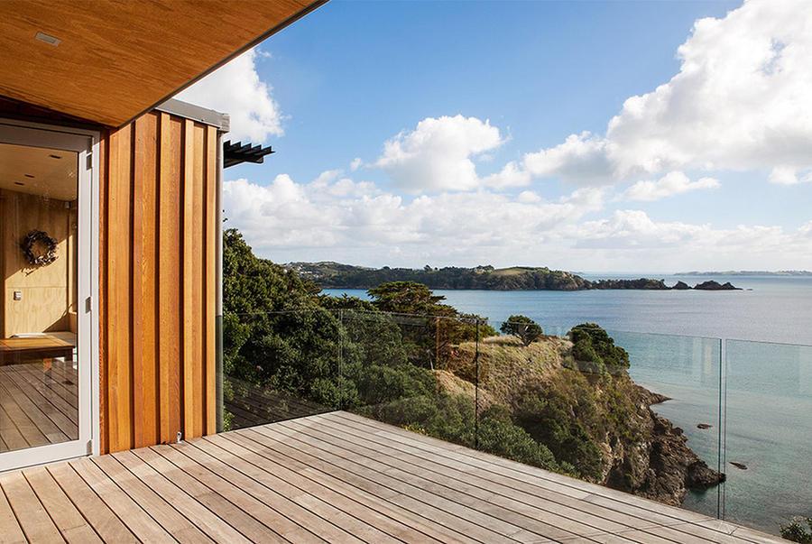 Великолепные виды, открывающиеся с обычных балконов (10 фото)