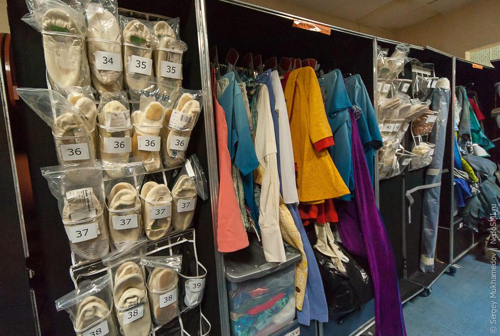 7. В шоу Quidam (читается как Кидам) вы увидите 30 шляп, 20 париков, около 250 костюмов, 500 ак