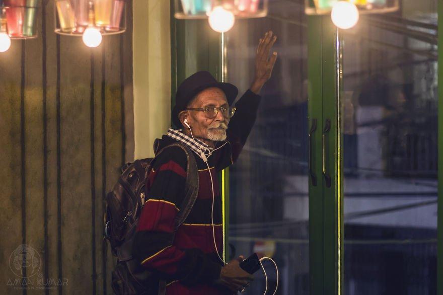 Молодой фотограф из Нью-Дели Аман Кумар сделал из своего дедушки настоящего денди.