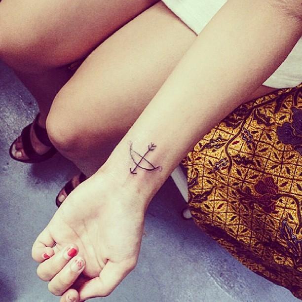 маленькие-татуировки-идеи-эскизы7.jpg