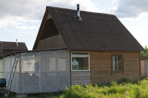 11_Дом с сеткой.JPG