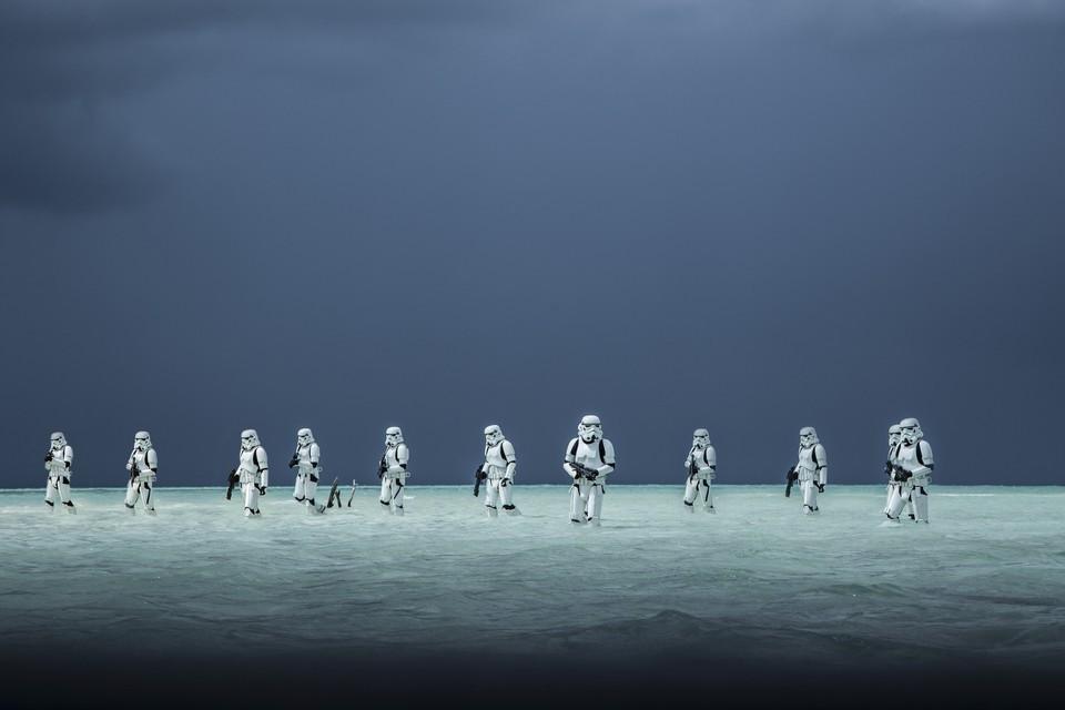 Спин-офф «Звездных войн» выходит в русский прокат