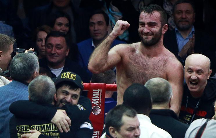 Боксер Гассиев может провести бой против поляка Гловацкого