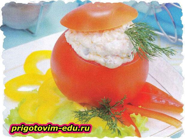 Помидоры, фаршированные овощами и грибами