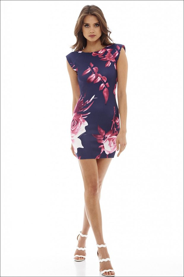Rose print mini dress Floral dresses are traditionally associated with light springs and warm summer