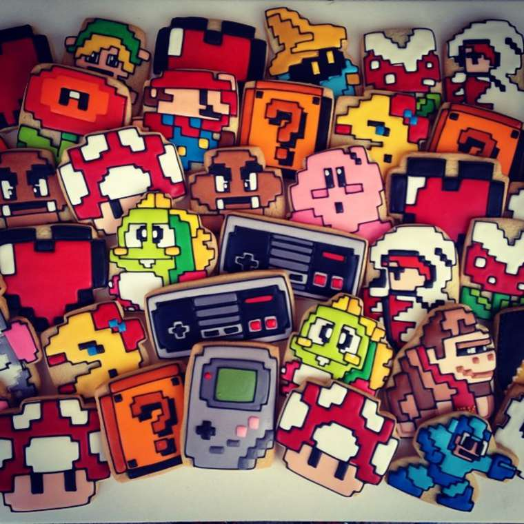 Pop Culture Cookies - The adorable creations of ButterWinks