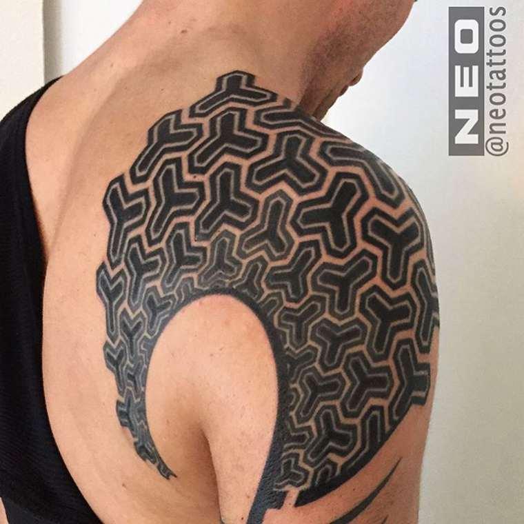 Neo Tattoos - Beautiful geometric tattoos