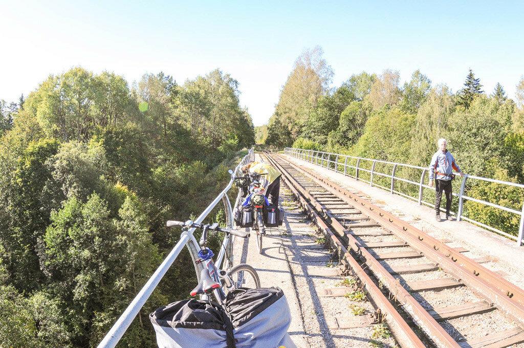 Долгая стоянка на Токаревском мосту.jpg