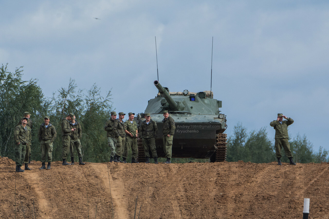Russian Ground Forces: News #2 - Page 23 0_a1cee_d20e7e6b_X4L
