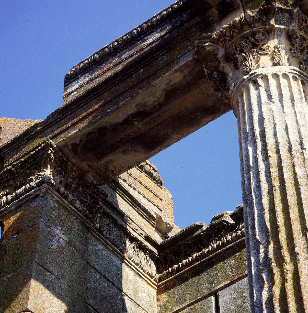Айзаной. Храм Зевса