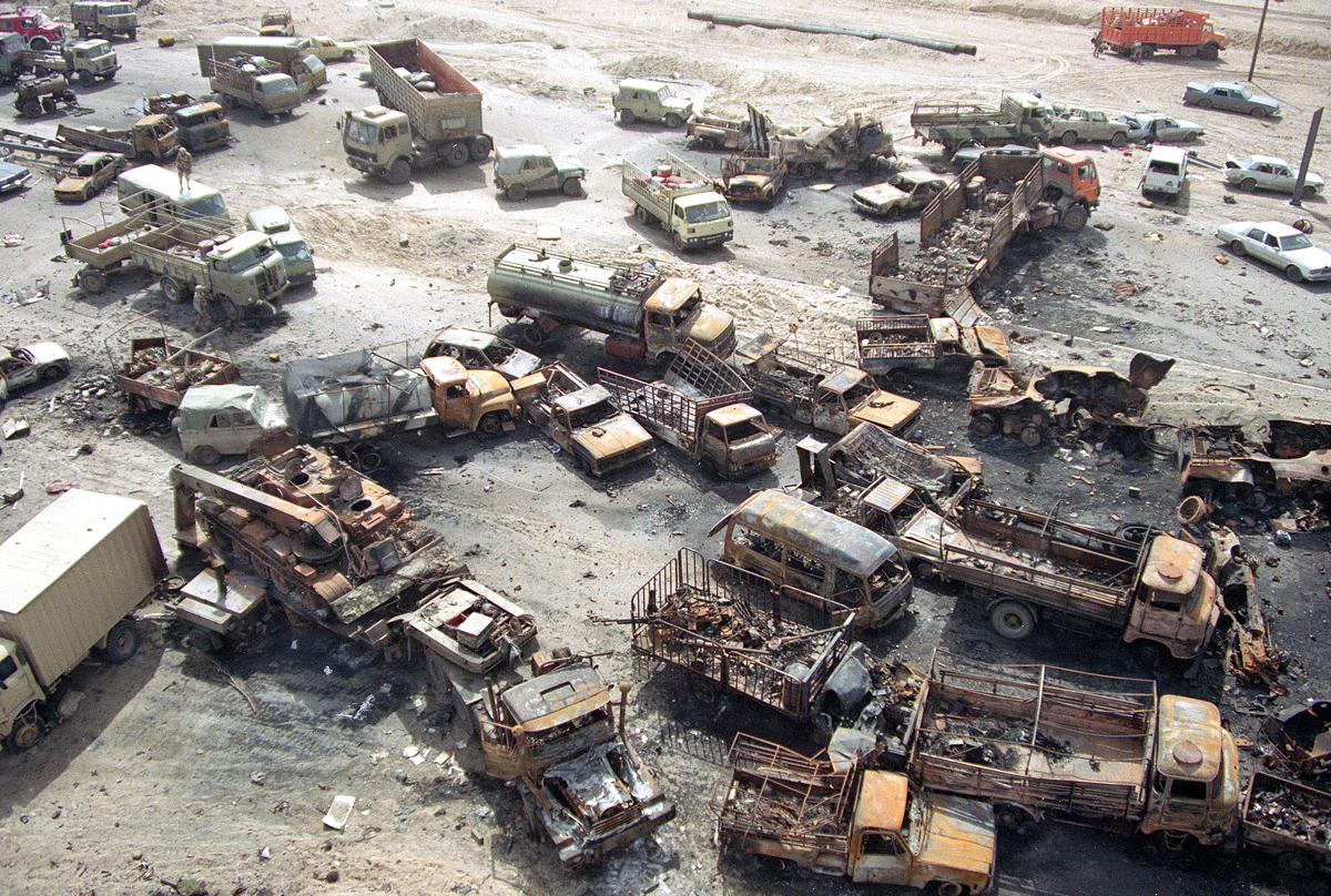 GULF WAR CAPTURED CONVOY