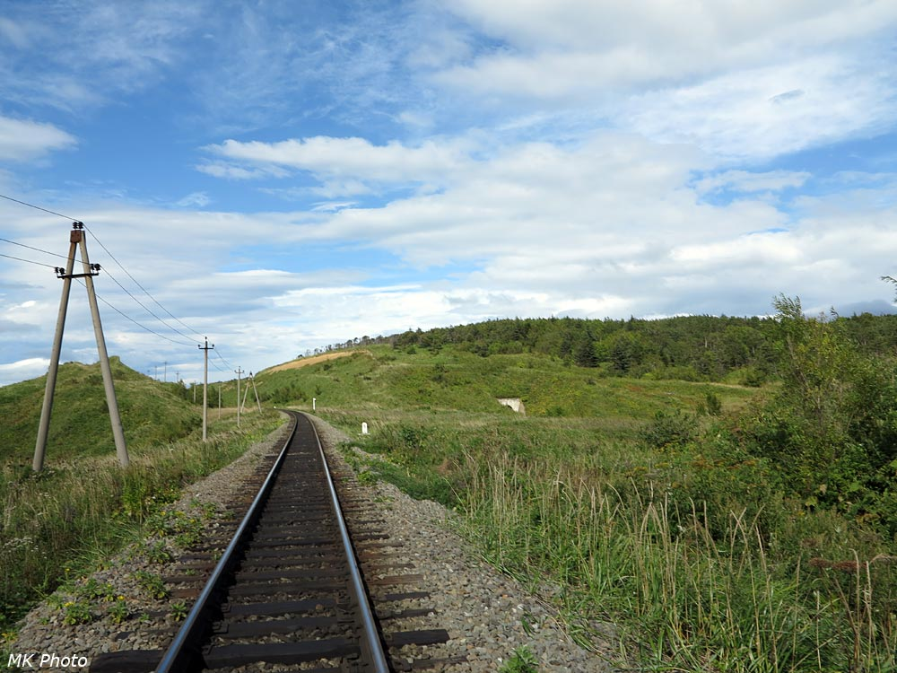 Вид с железной дороги на край тоннеля №19