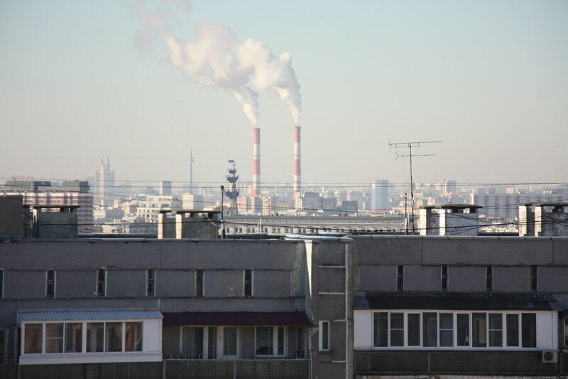12. Крыши, трубы, высотки, Москва.JPG