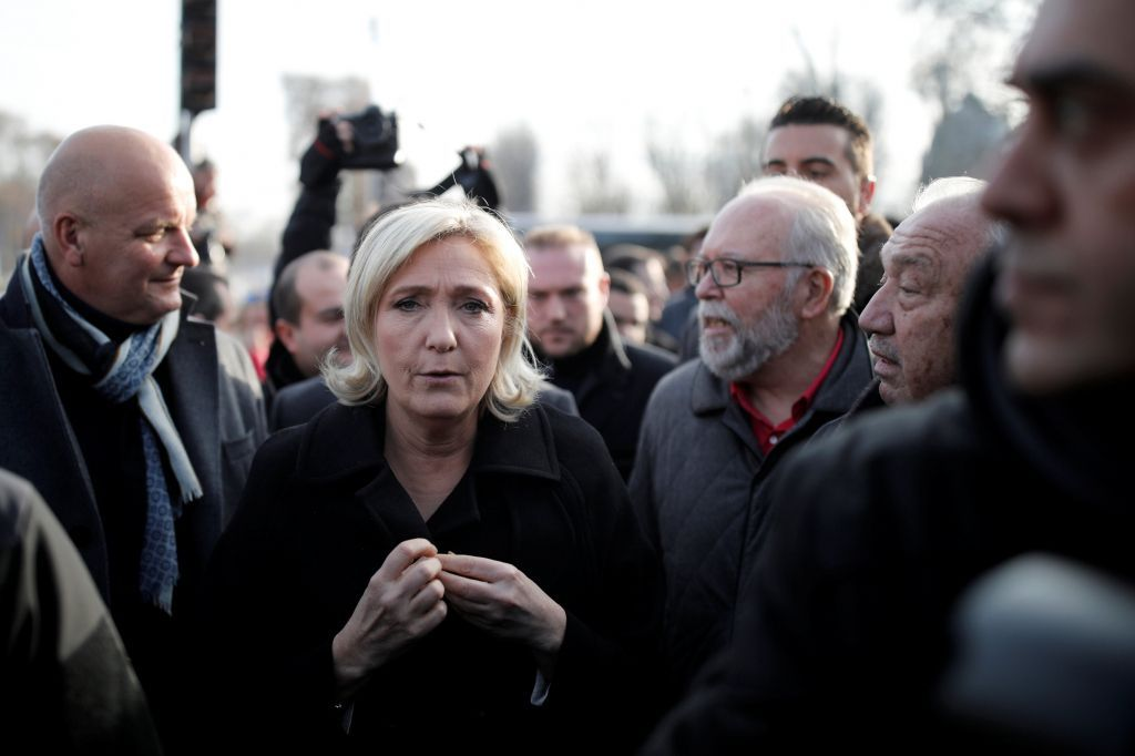 Франция сэкономит надетях незаконных мигрантов?