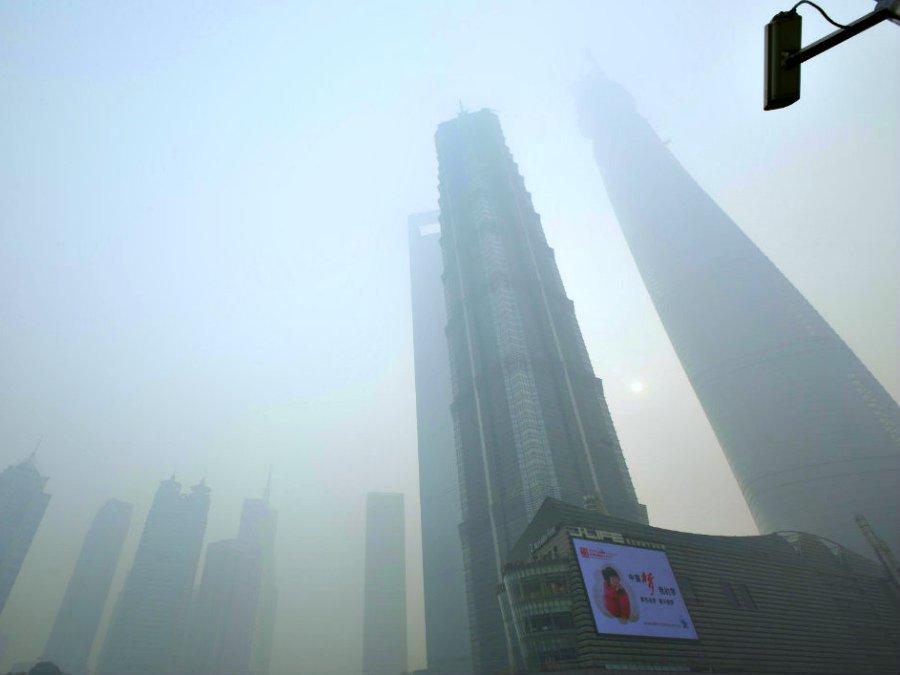 Экологи раскрыли секрет бессрочного смога над Пекином