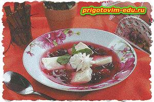 Вишневый суп с клецками