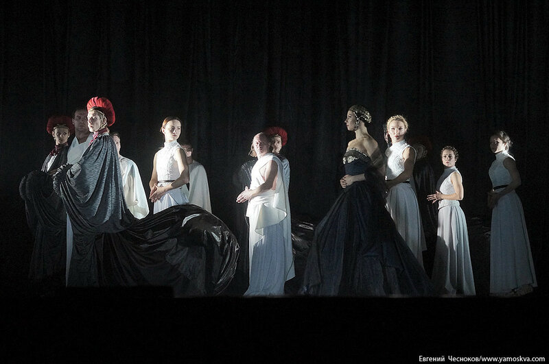 Зима. Калигула. Губернский театр. 20.12.16.10..jpg