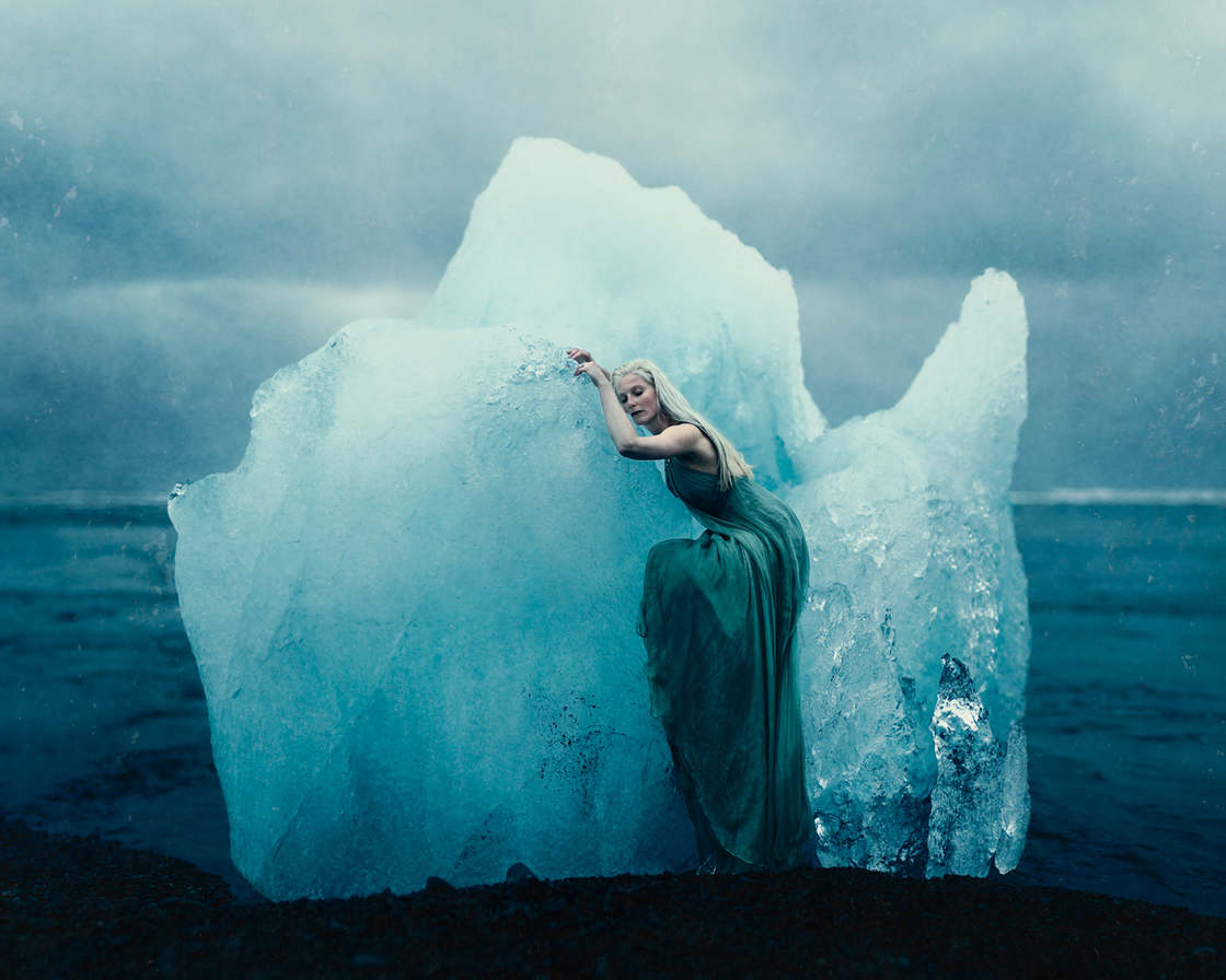 When human nature meets the fascinating landscapes of Iceland