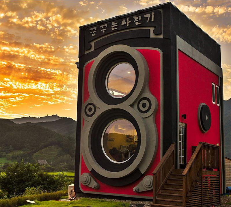 Camera Enthusiast Builds a Coffee Shop Shaped Like an Enormous Rolleiflex Camera