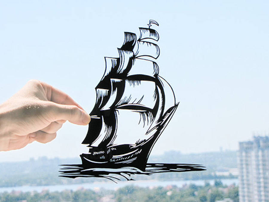 Paper Sculptures Adapting to Reality