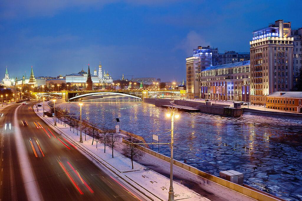 Москва. Начало зимы.