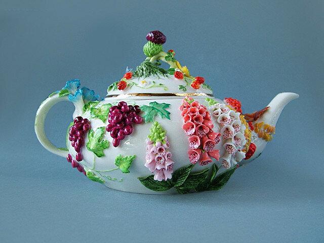 """Чайник """"В саду"""""""